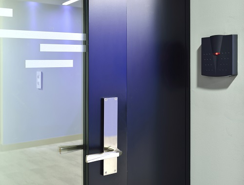 Irisys tailgate detection access control
